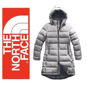 THE NORTH FACE METROPOLI DOWN PARKA 550 light grey